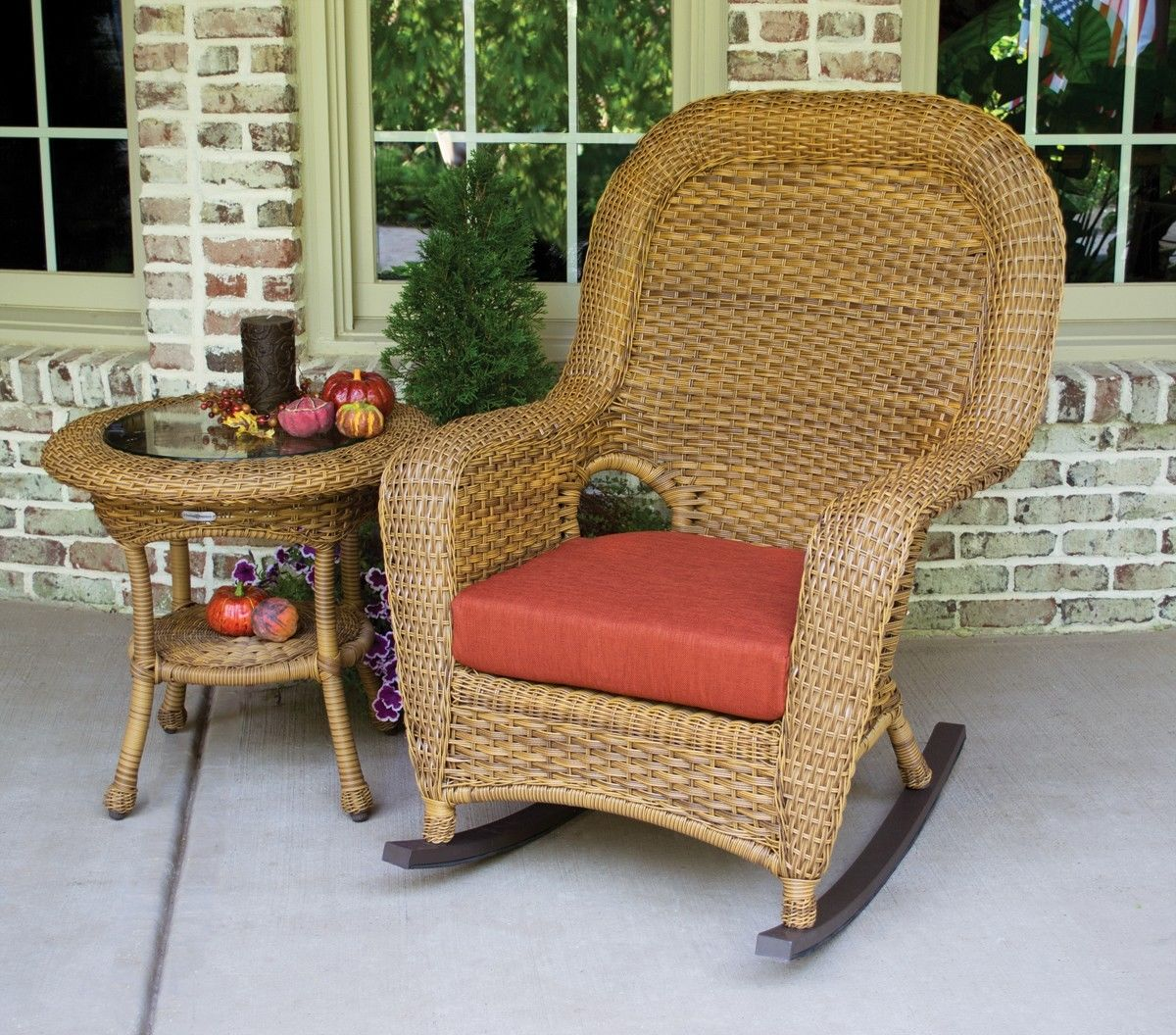#77 - Outdoor Patio Garden Furniture Mojave Resin Wicker Rocking Chair & Table Bundle in Rave Brick
