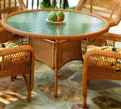 #29 - 5 Piece Outdoor Southwest Amber Resin Wicker Dining Set & Lemoyne Night Fabric