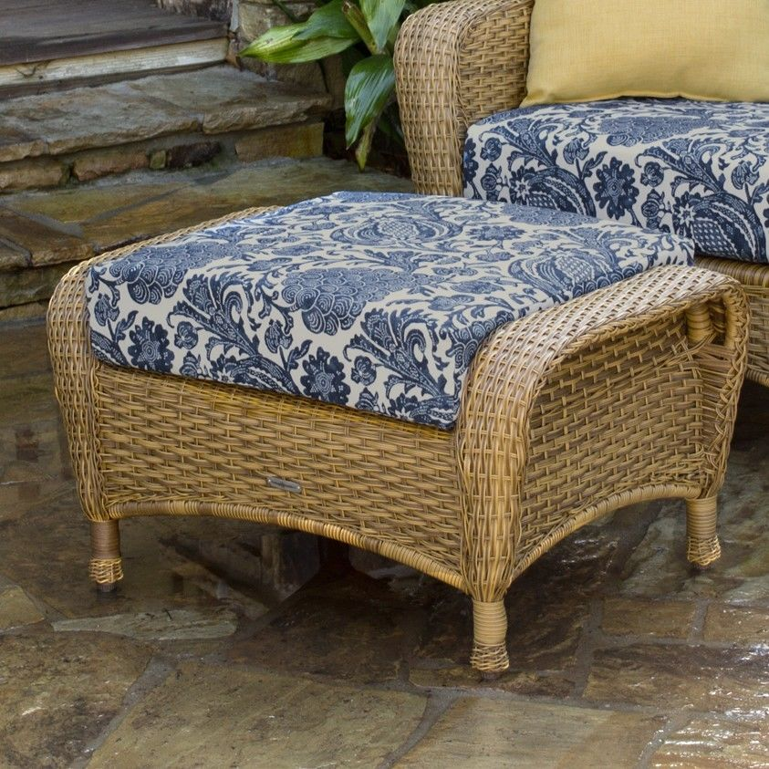#99 - Outdoor Patio Garden Furniture Mojave Resin Wicker Club Chair and Ottoman Bundle