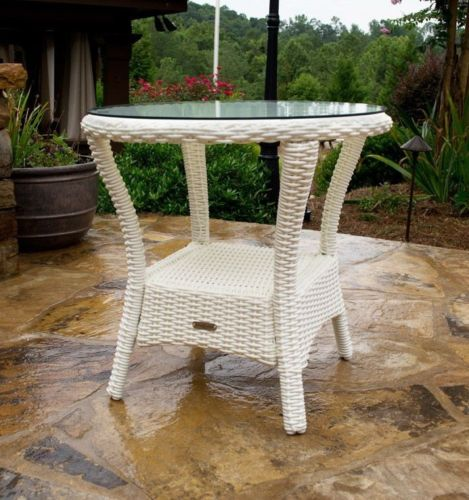 #163 - Outdoor Patio Furniture Magnolia White Resin wicker Side Table w/ Aluminum Frame