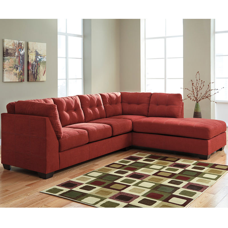 #22 - Benchcraft Maier Sectional with Right Side Facing Chaise in Sienna Microfiber