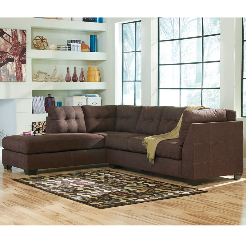 #25 - Benchcraft Maier Sectional with Left Side Facing Chaise in Sienna Microfiber